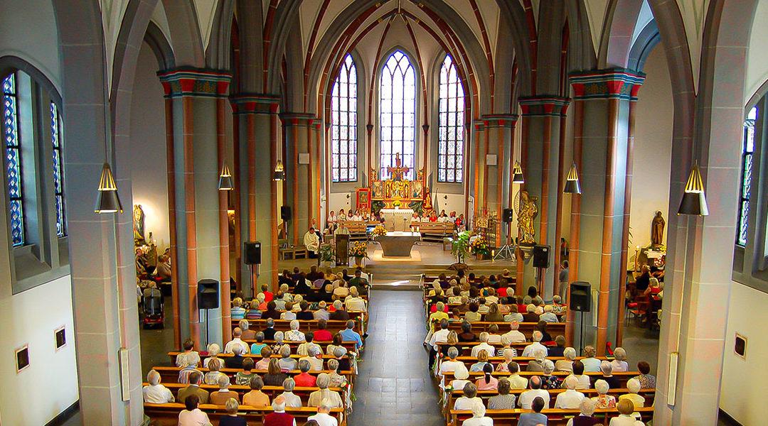 Einschränkungen bei Gottesdienstbesuchen und in den Pfarrheimen vorerst ausgesetzt